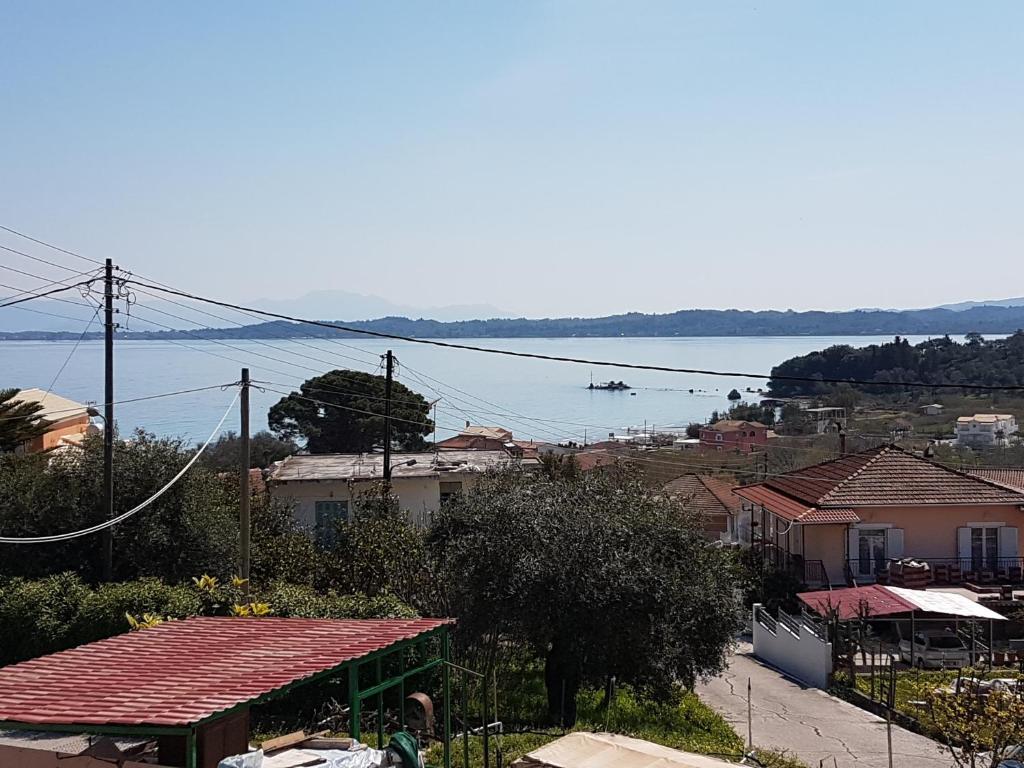 Dimitris House Petriti