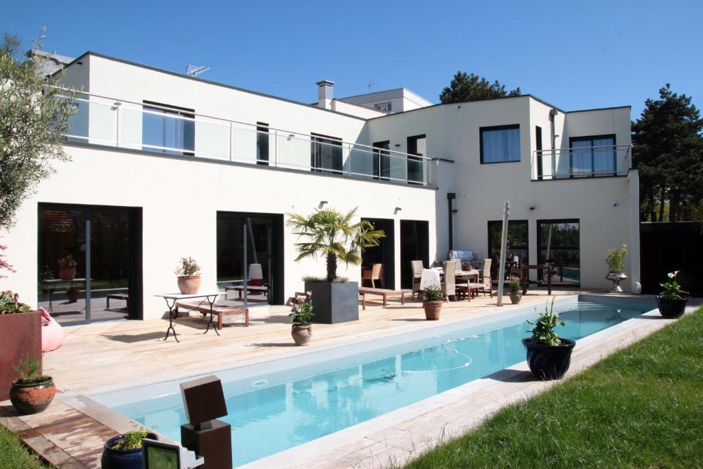 Maison Mouillard, Lyon – Updated 9 Prices