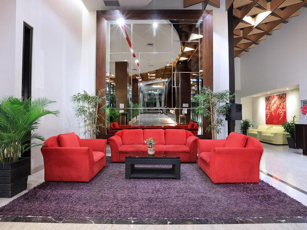 The lobby or reception area at Aston Palembang Hotel & Conference Centre