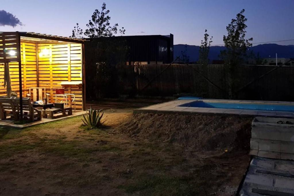The swimming pool at or near Casa Cabaña Descanzo