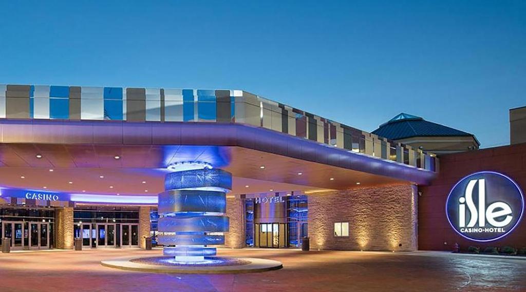 Davenport casino hotel savannah lawyer casino