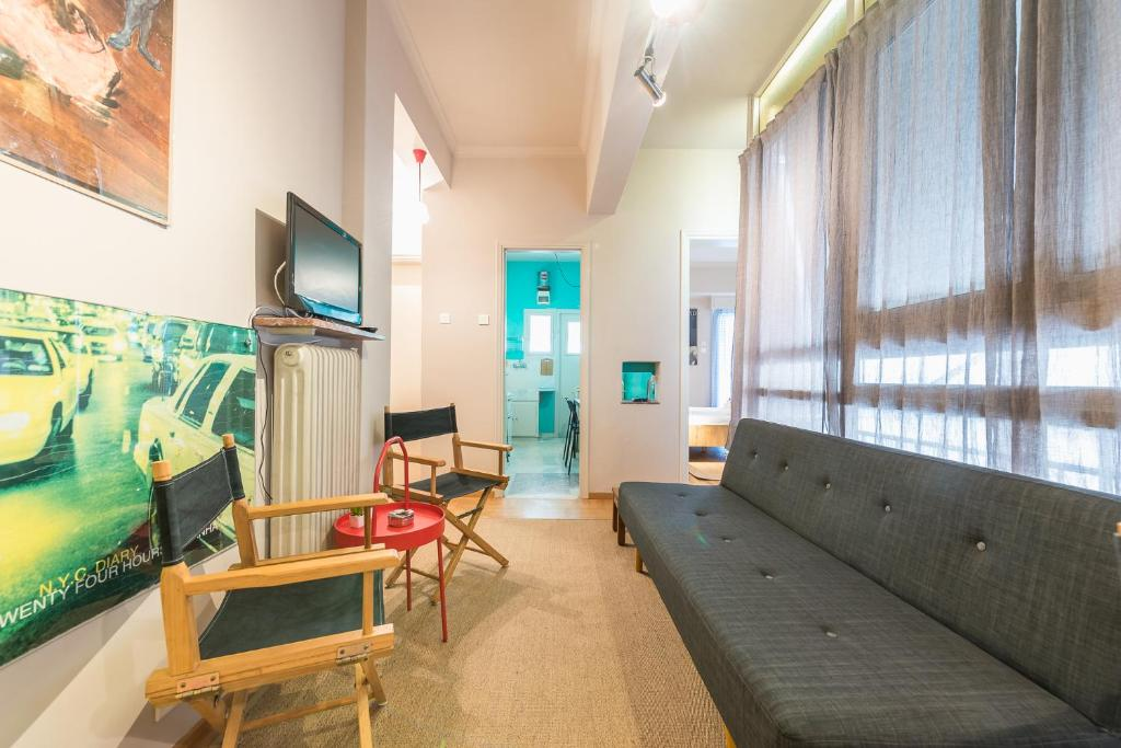 Bright 2 Bed Apartment by Cloudkeys