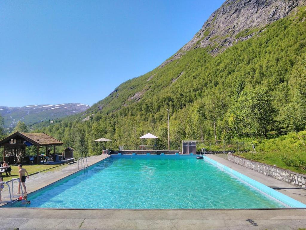 The swimming pool at or near Voss Mountain Lodge