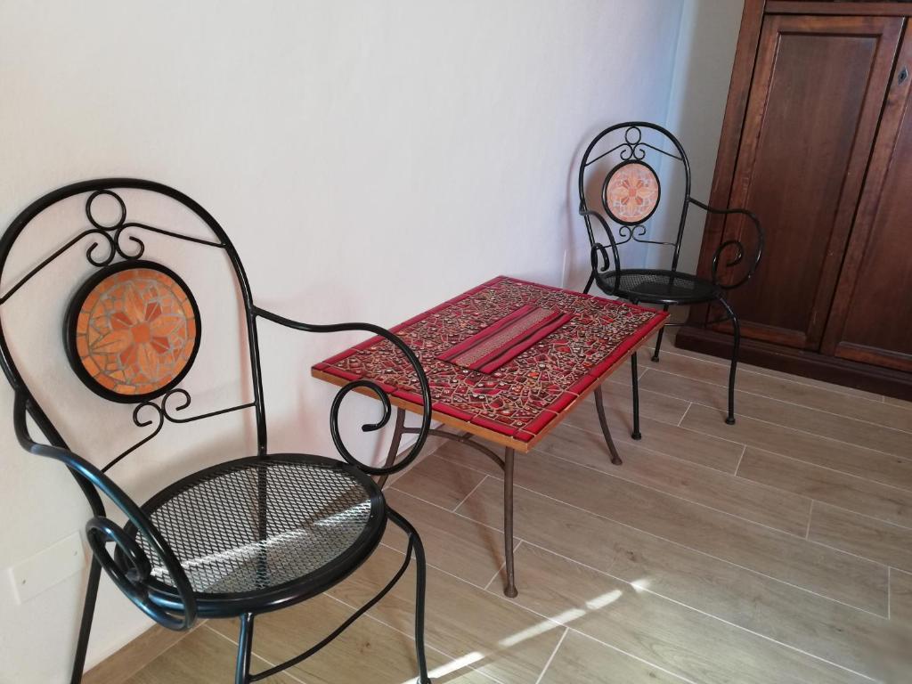 A seating area at Casa Mosaico
