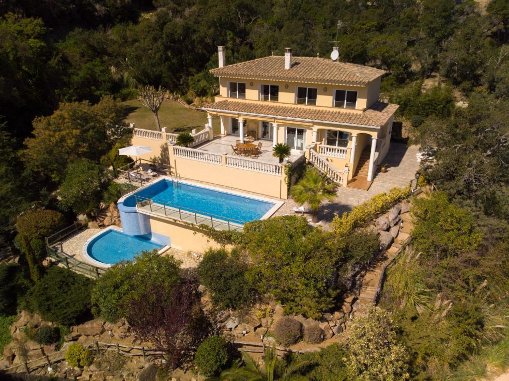 Вилла коста брава снять дом в испании с бассейном