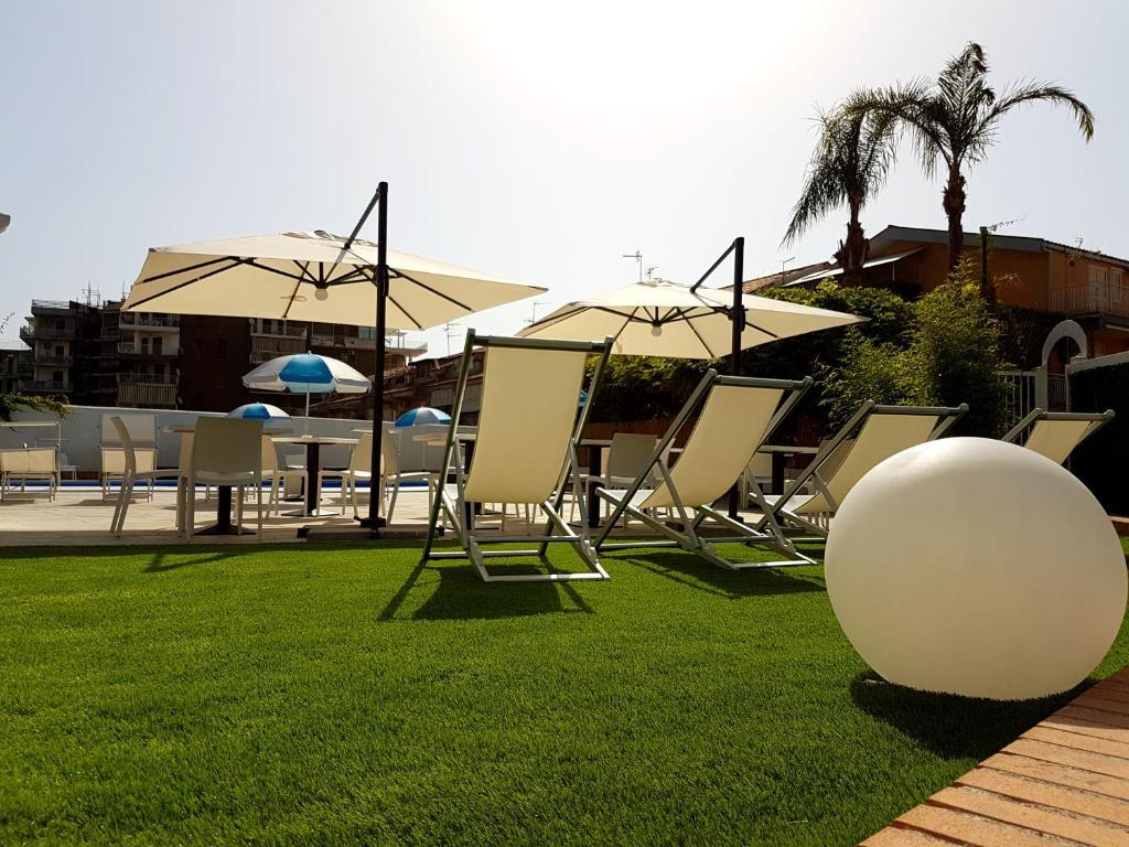 HOTEL ALEXANDER (Giardini Naxos, Olaszország) - Értékelések és Árösszehasonlítás - Tripadvisor