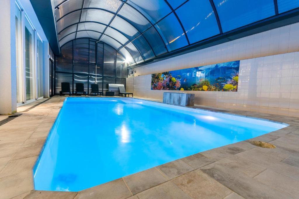 Luxurious Villa Marly II