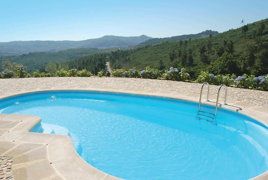 The swimming pool at or near Quinta da Silvares