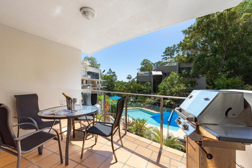 A view of the pool at The Cove Noosa or nearby