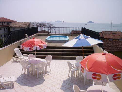 A view of the pool at Gaivotas Praia Hotel or nearby