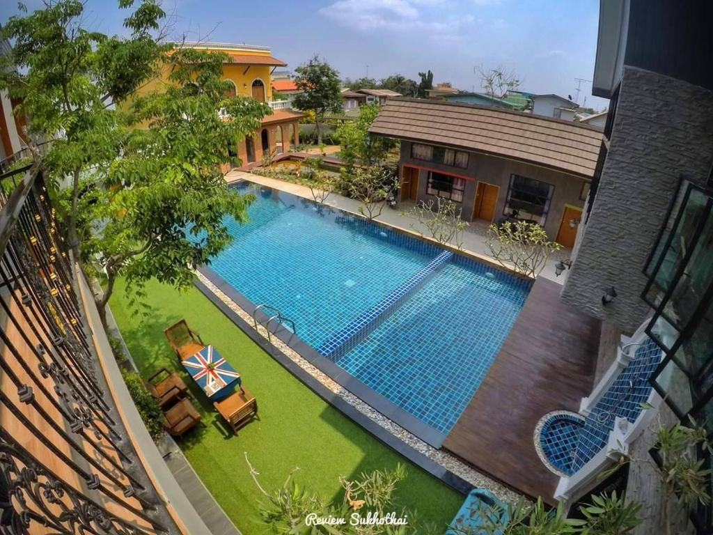 A view of the pool at Aen Guy Boutique Hotel or nearby