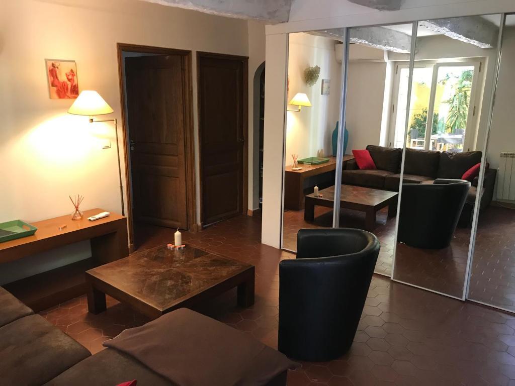 Appartement Place des lices Saint Tropez