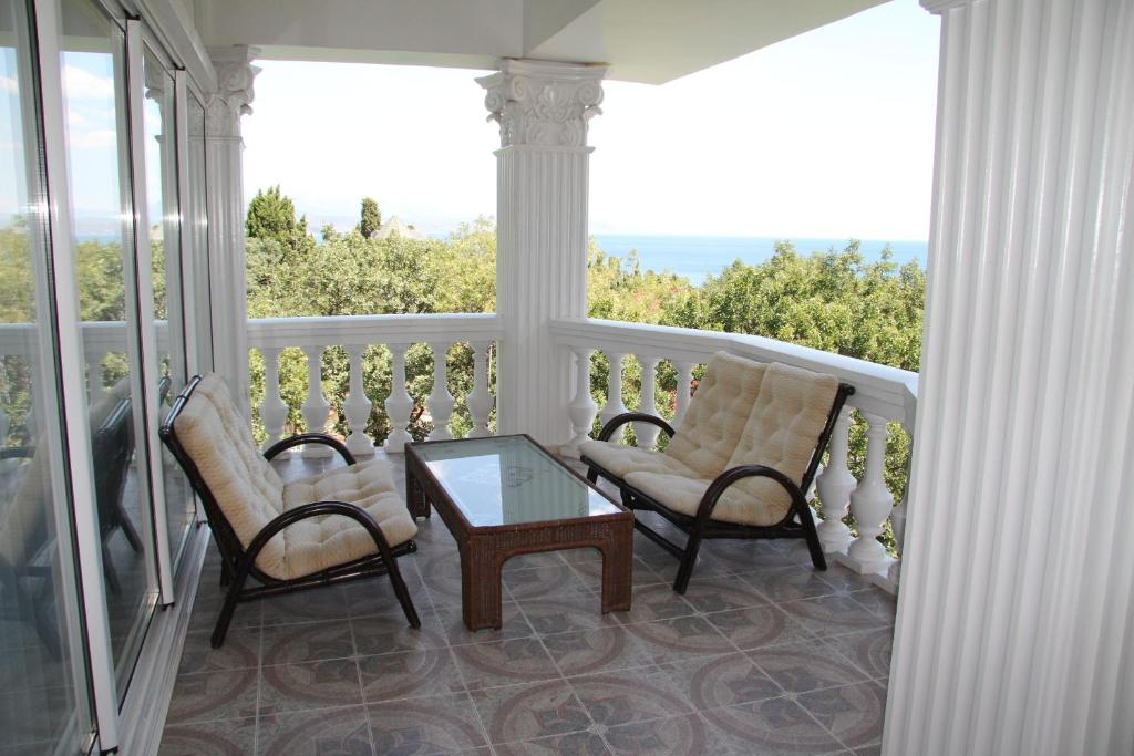 A balcony or terrace at Villa Olga