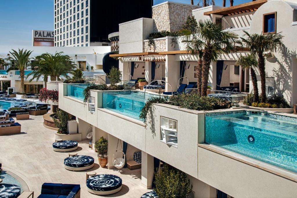 Palm resort and casino legalizing indian gambling