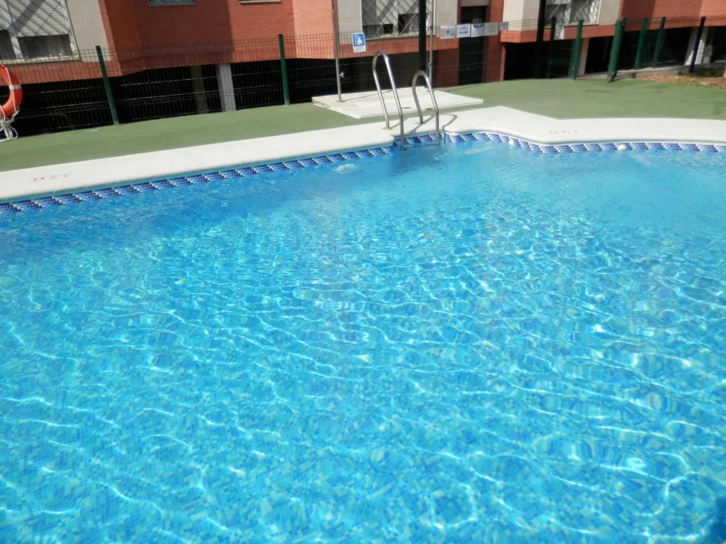 The swimming pool at or near Apartamentos Vértice Bib Rambla