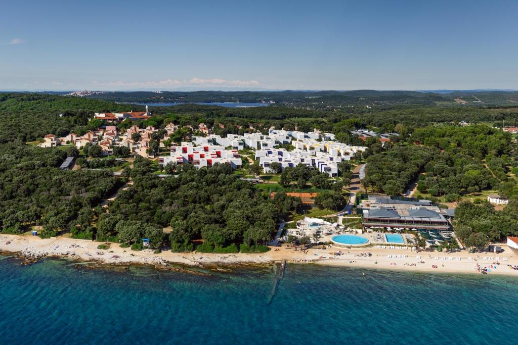A bird's-eye view of Apartments Amarin