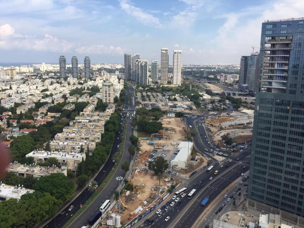 pikkelysömör kezelése Tel Avivban)