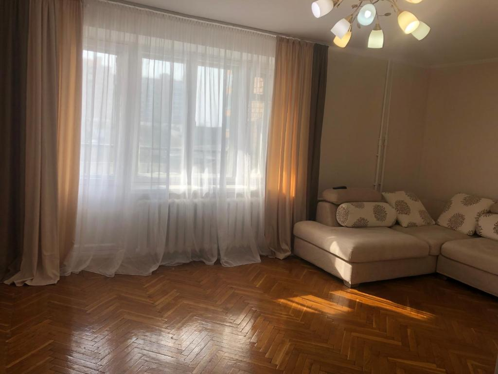 A seating area at Apartment on 1st Morskaya 11