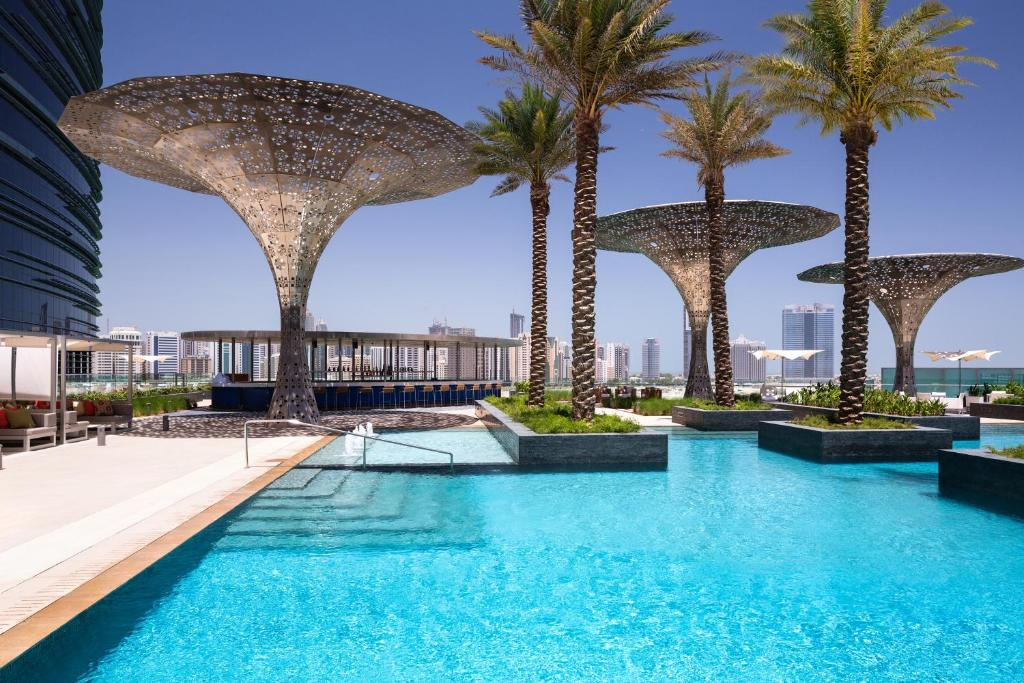 The swimming pool at or near Rosewood Abu Dhabi