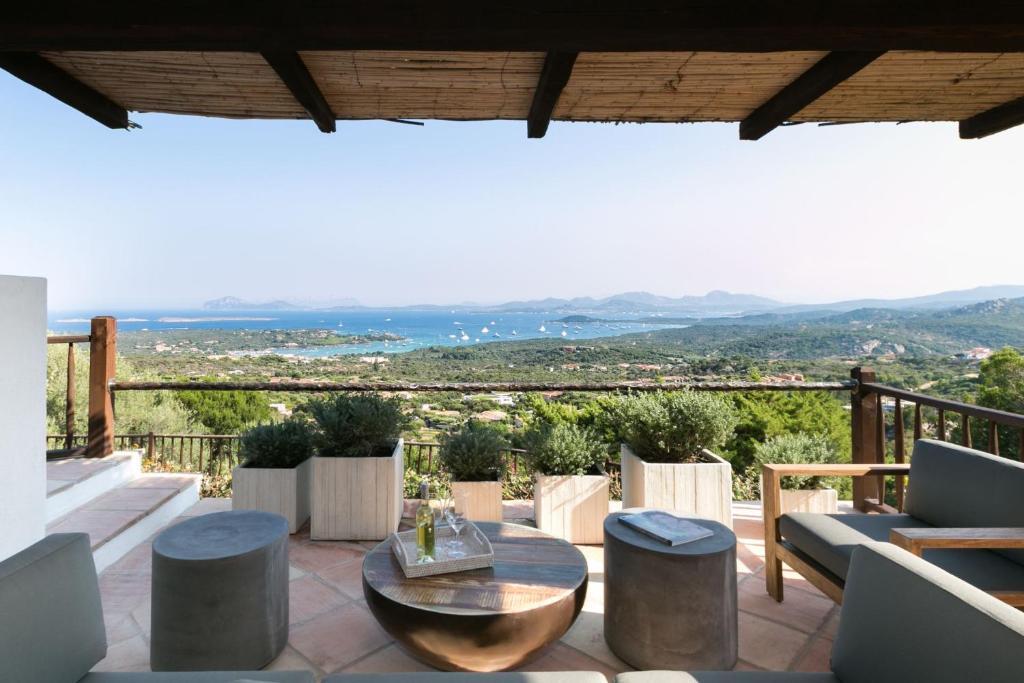 Villa Silvie Con Piscina Condominiale Bbq Giardino Vista Mare Pevero Golf Arzachena Updated 2020 Prices
