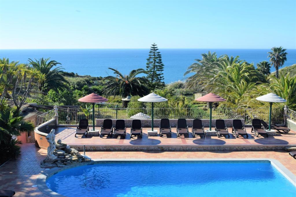 The swimming pool at or close to Quinta do Mar - Country & Sea Village