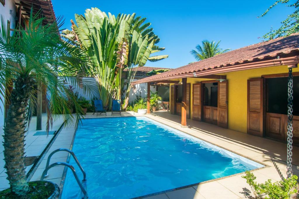 A piscina localizada em Pousada Acquarela ou nos arredores