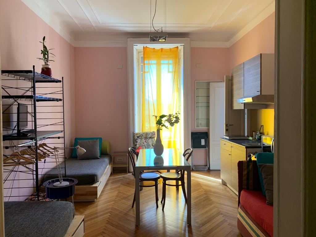 Area soggiorno di Milano Centrale B&B monolocale-studio