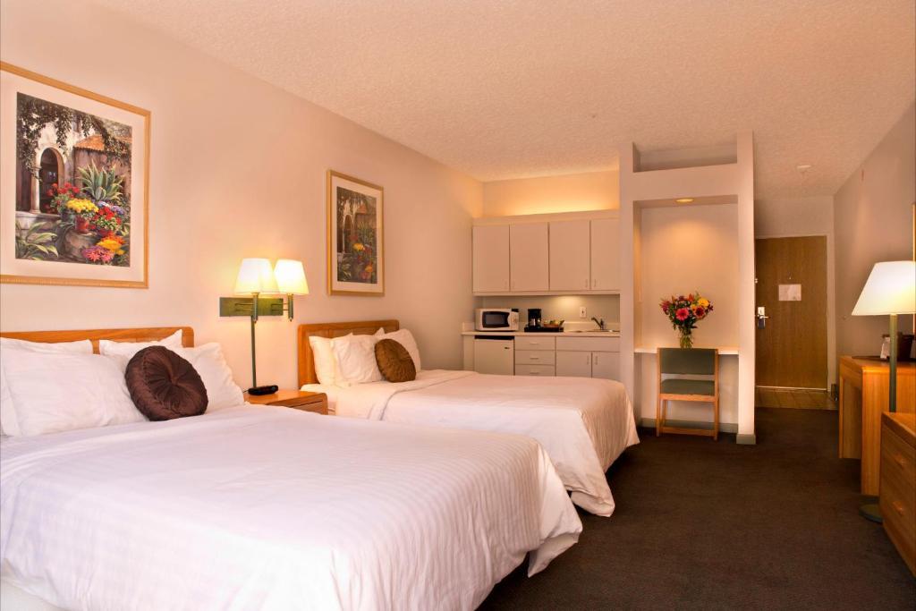 A room at the Hotel Buena Vista - San Luis Obispo.