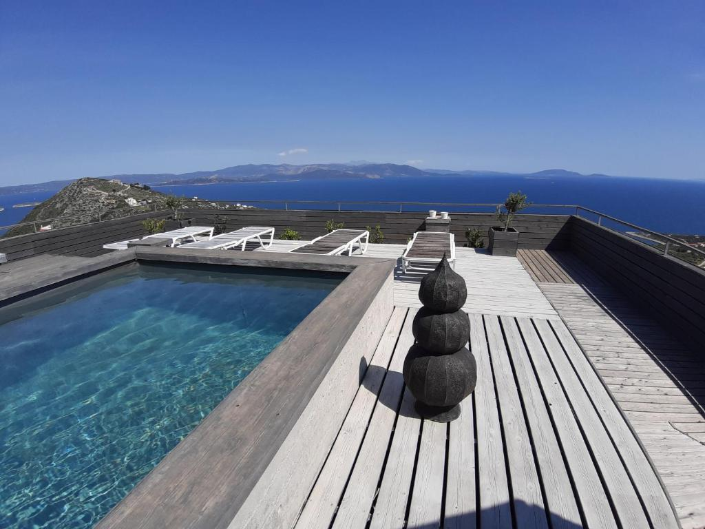 Artistic Sea View Holidays near Athens
