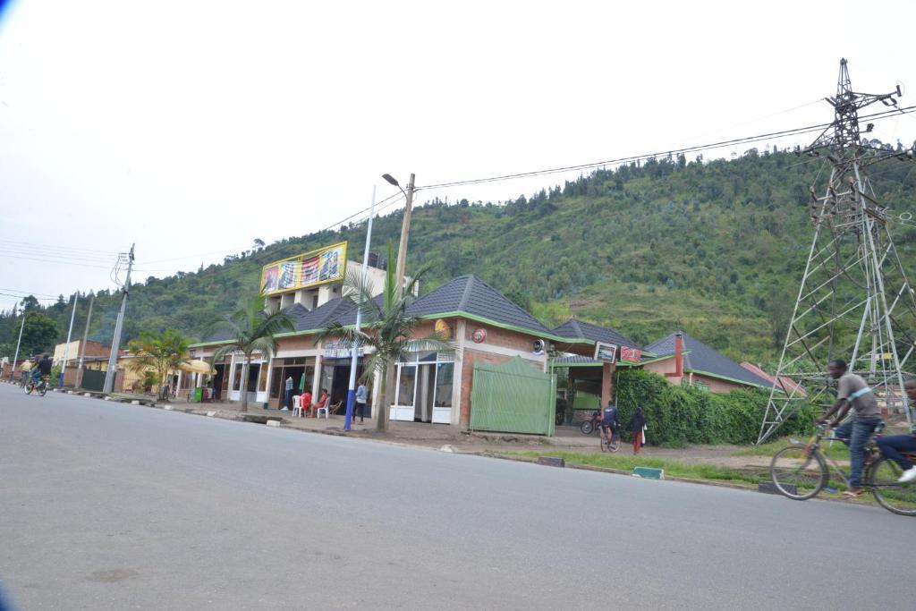 Sawa Sawa Motel
