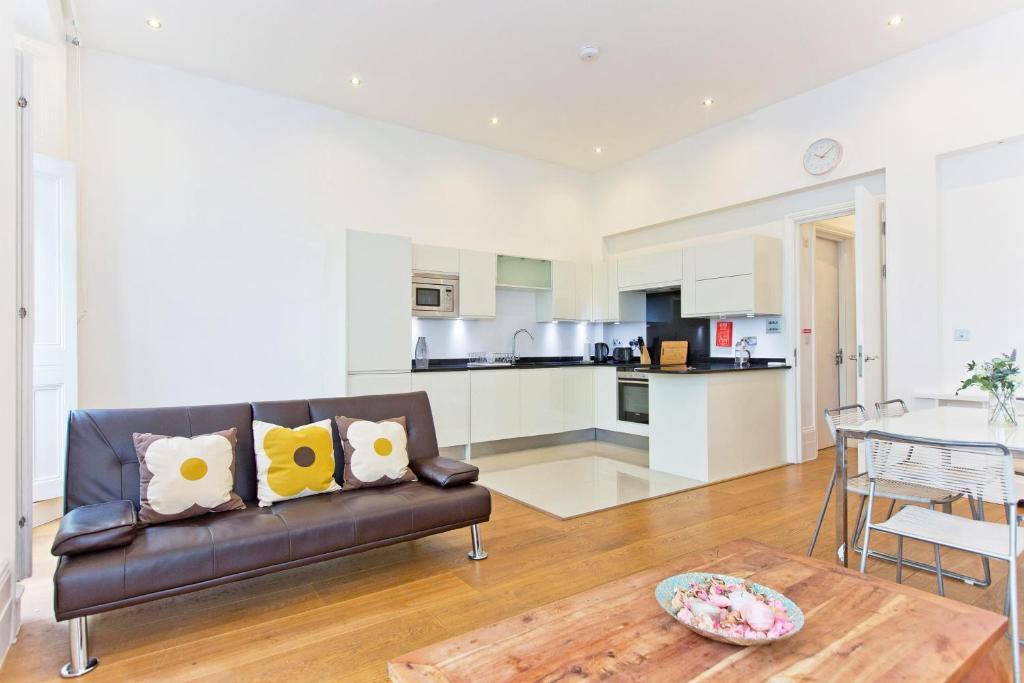 Flat 1 Queensborough Terrace 2 Bedroom Apartment London Uk Booking Com
