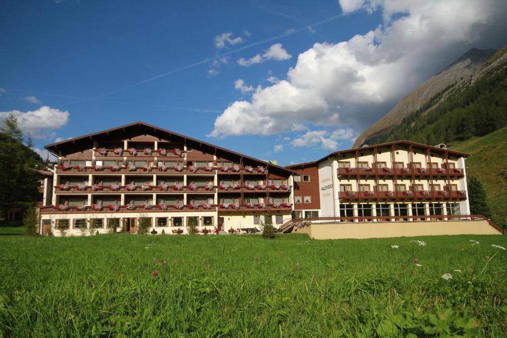 Thermal-Badhotel Kirchler Tux, Austria