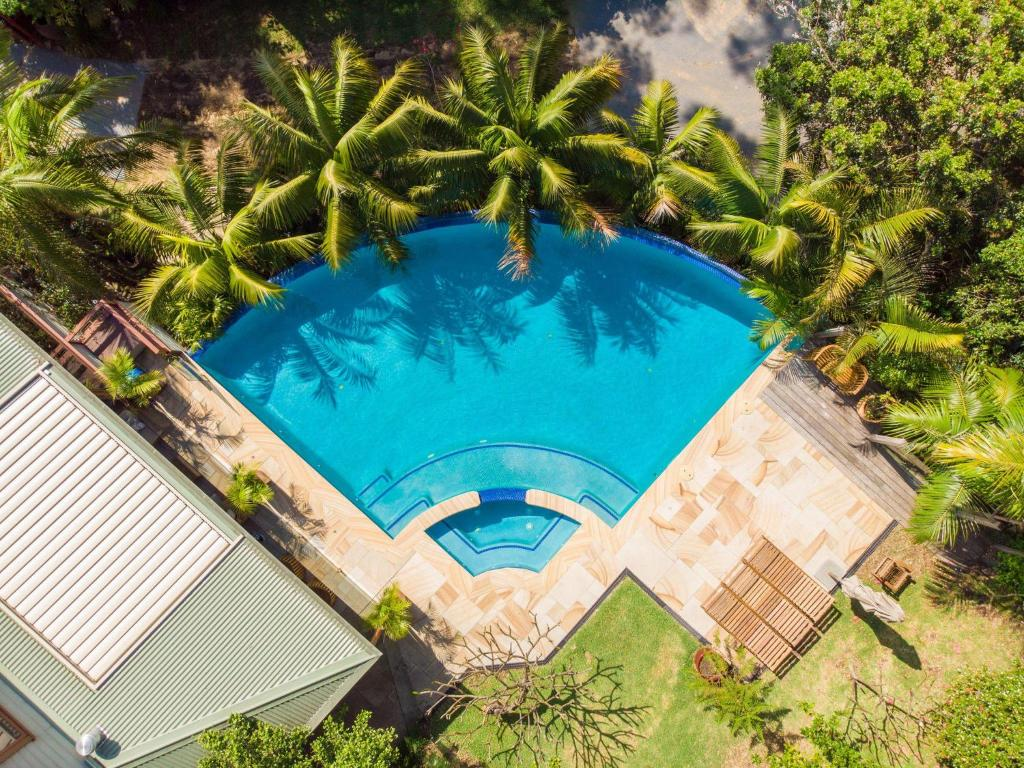 A view of the pool at Bangalley House by Beach Stays or nearby