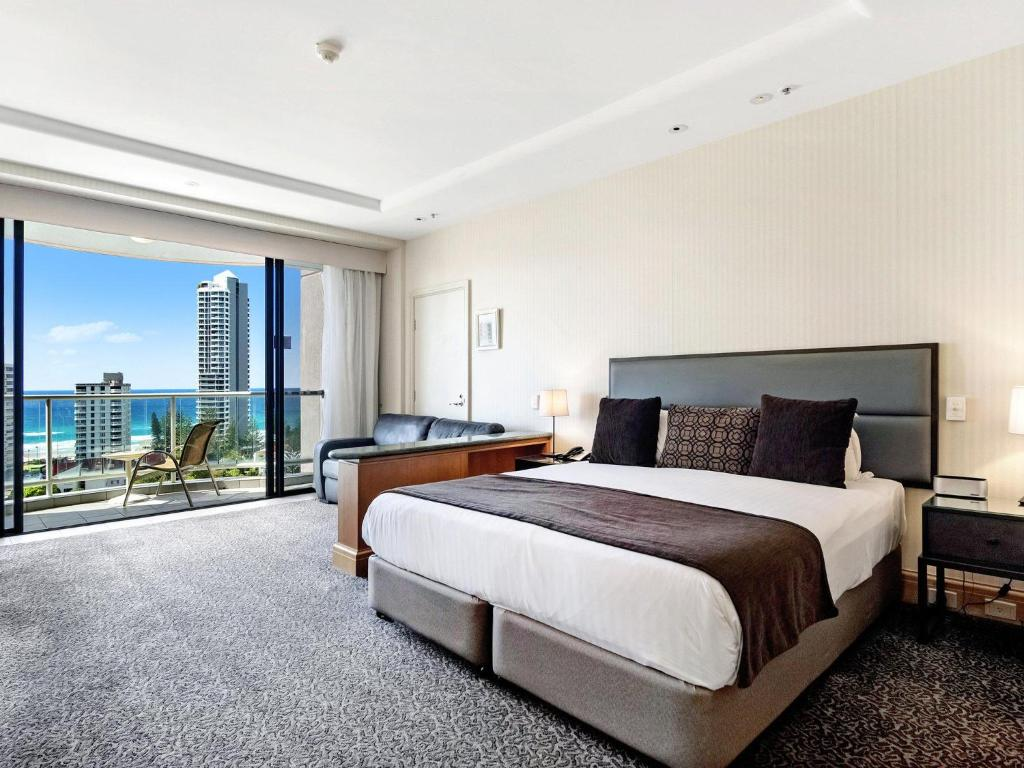 Gold Tower In The Oaks Hotel Surfers Paradise 1019 Gold Coast Updated 2020 Prices