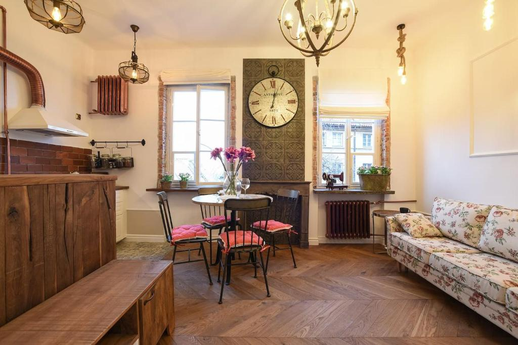 New Cosy Vintage Apartment In Heart Of Old Town Warsaw Updated 2021 Prices