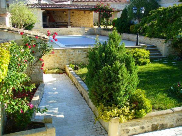 The swimming pool at or near Le Clos Saint Aignan