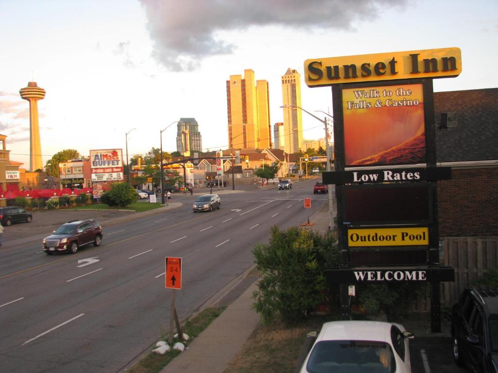 Sunset Inn, Niagara Falls, Ontario