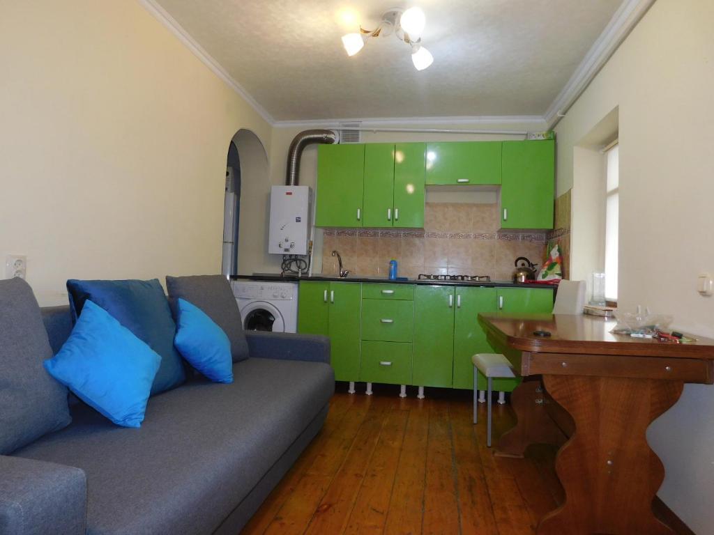 Кухня или мини-кухня в пл Ленина 20 курзона центр