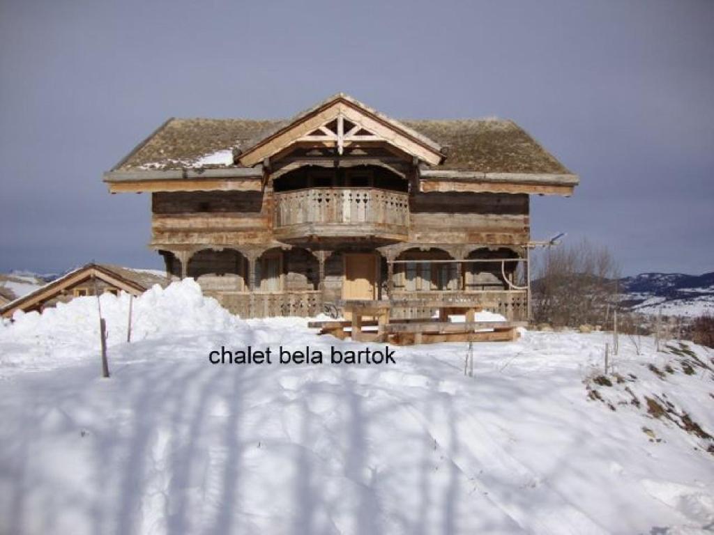 Ker Bela during the winter