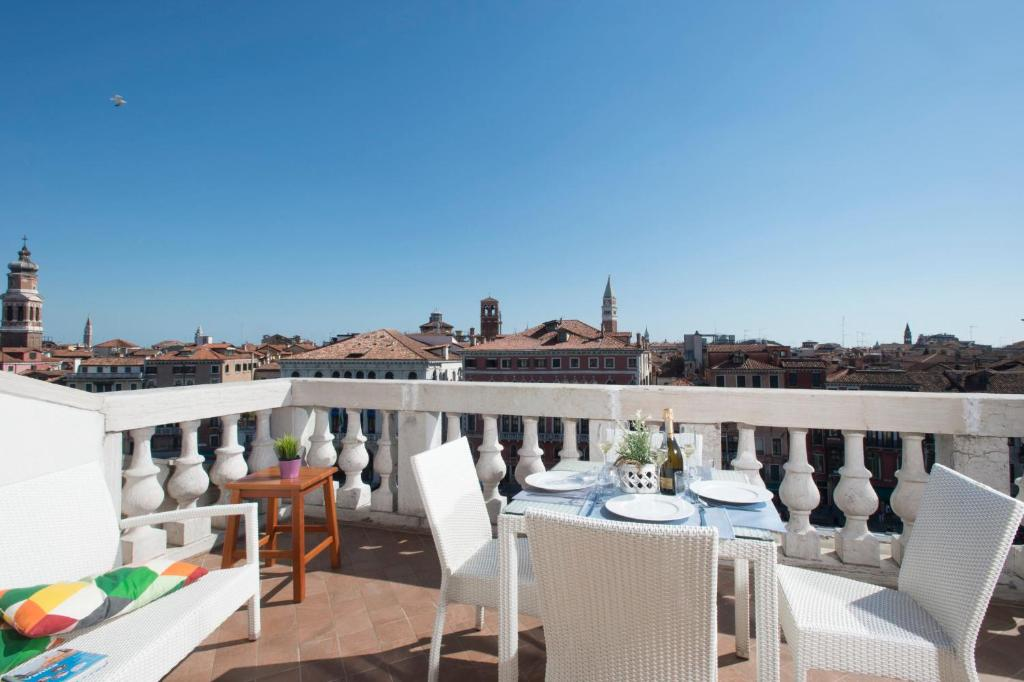Ve-nice Suite Rialto View RT-12, Venice – Updated 2020 Prices