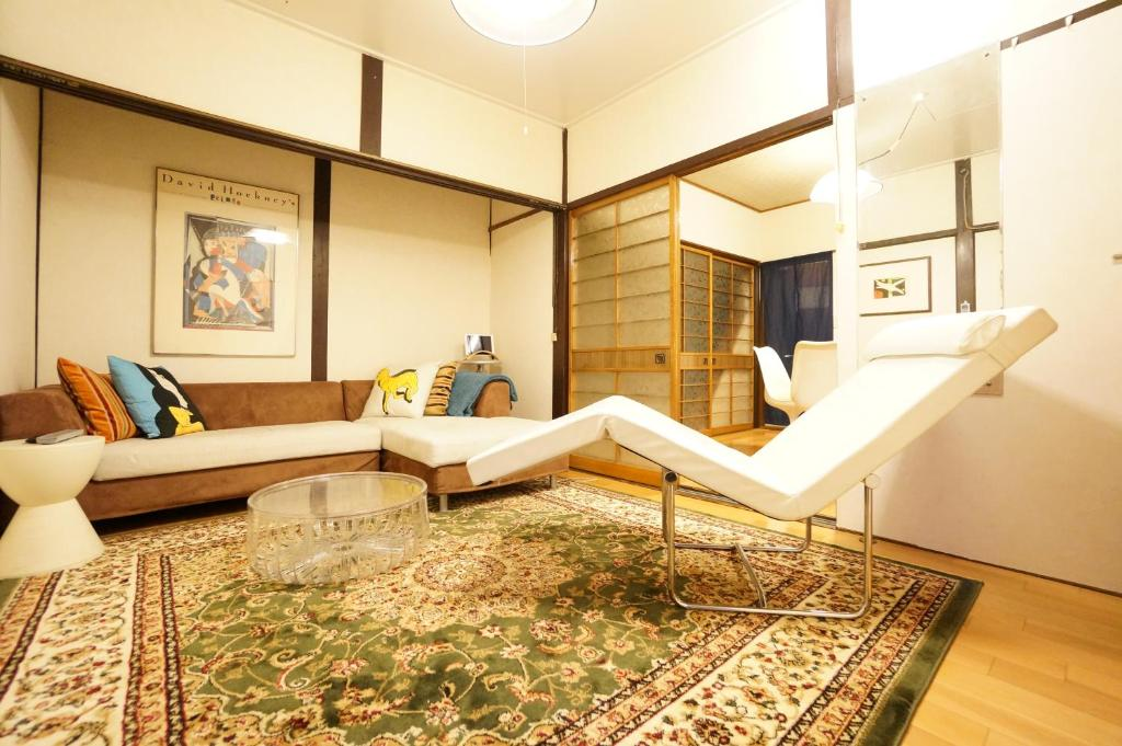 Rainbow Takayama Private House