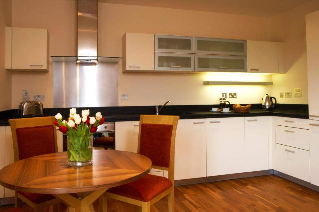 Marlin Apartments - Canary Wharf - Laterooms