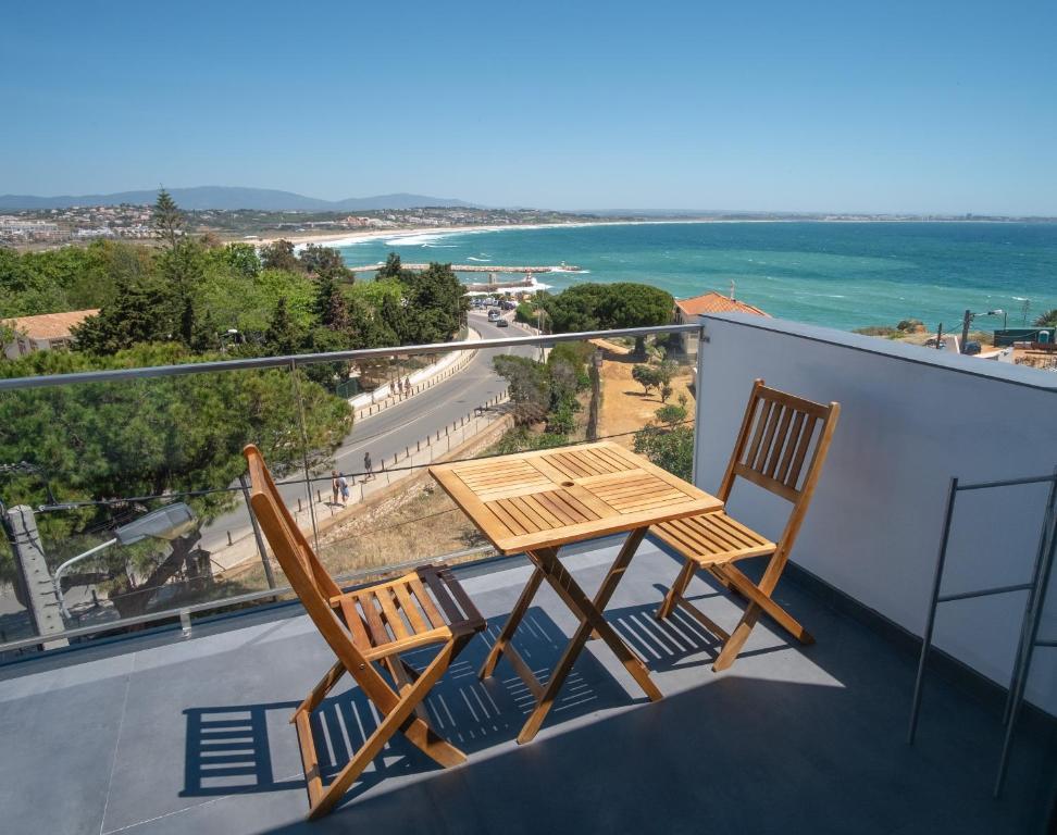 Uma varanda ou terraço em Apartamentos Pinhão
