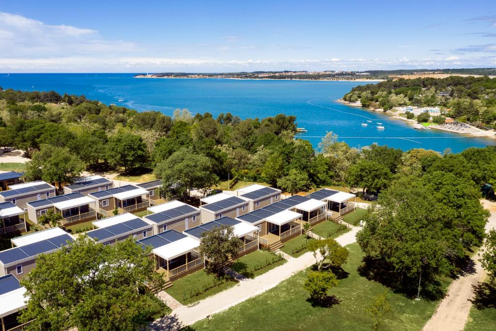 Widok z lotu ptaka na obiekt Mobile Homes - Lanterna Premium Camping Resort