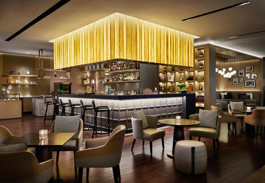 The lounge or bar area at New World Saigon Hotel