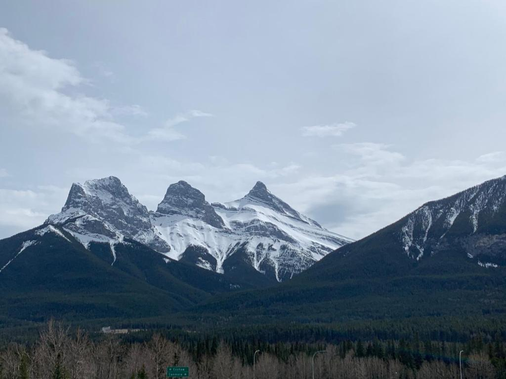 Mercer Canmore Downtown new Holiday Home