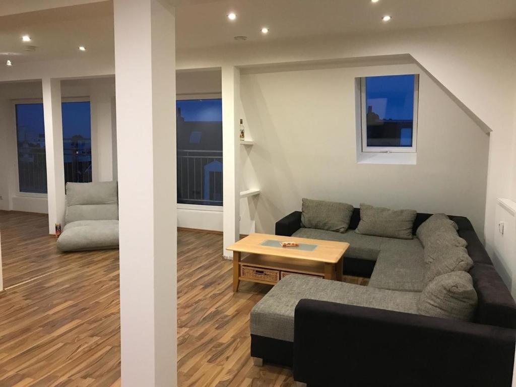 Ferienwohnung Schone Penthouse Wohnung Uber Den Dachern Bremerhavens 95096 Deutschland Bremerhaven Booking Com