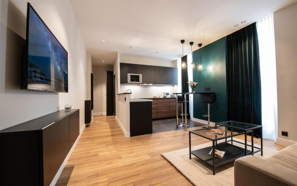 Апартаменты монако как найти работу в норвегии