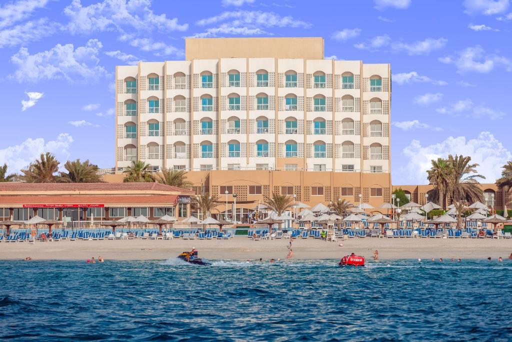 Sharjah carlton hotel 4 оаэ шарджа недвижимость за рубежом цена