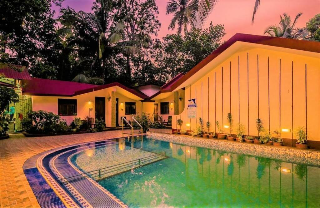 The swimming pool at or close to Boons Ark Anjuna Goa